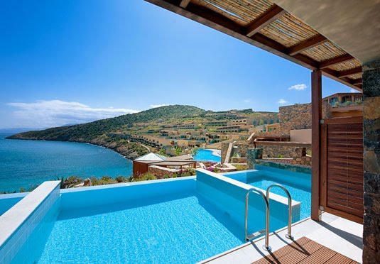 5 crete holiday with private pool save up to 70 on for Small luxury beach hotels