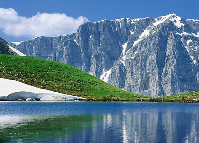 Scenic Greek mountain holiday | Save up to 70% on luxury travel | Telegraph Travel Hand Picked