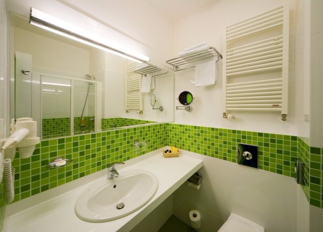 Зеленая ванная комната  № 2278632  скачать
