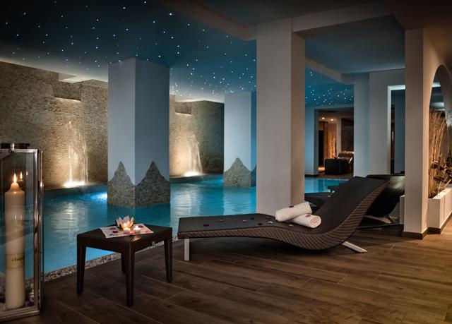 Gästezimmer modern luxus  5*-Luxus an der Küste Sardiniens | Sparen Sie bis zu 70% auf ...