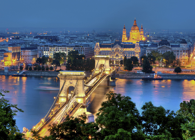 Budapest Christmas markets break | Save up to 70% on luxury travel ...