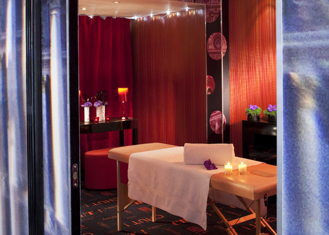 A four star designer boutique hotel just a short stroll from the Champs Elysees Mon Hotel is a designer boutique establishment in the prestigious 16th Arrondissement of Paris. It sits at the junction of Rue Chalgrin and Rue Argentine and is just a short stroll from the Arc de Triomphe and the Champs.