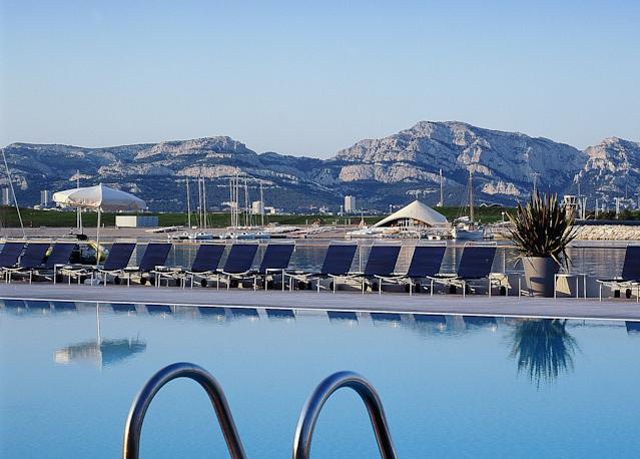 Luxury marseille break save up to 60 on luxury travel for Luxury hotel breaks