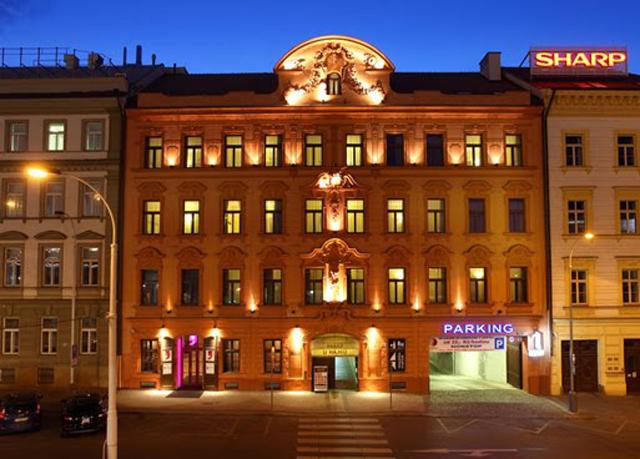 Berlin prague city break save up to 70 on luxury for Designhotel elephant prag