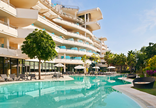 Crowne plaza estepona save up to 60 on luxury travel for Hotel plaza de sol