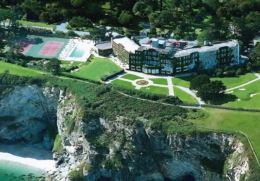 The carlyon bay hotel save up to 60 on luxury travel for Late room secret hotels