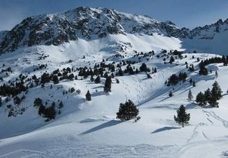 Scenic Andorra ski holiday with lift passes, Holiday Inn, Grandvalira - save 23%