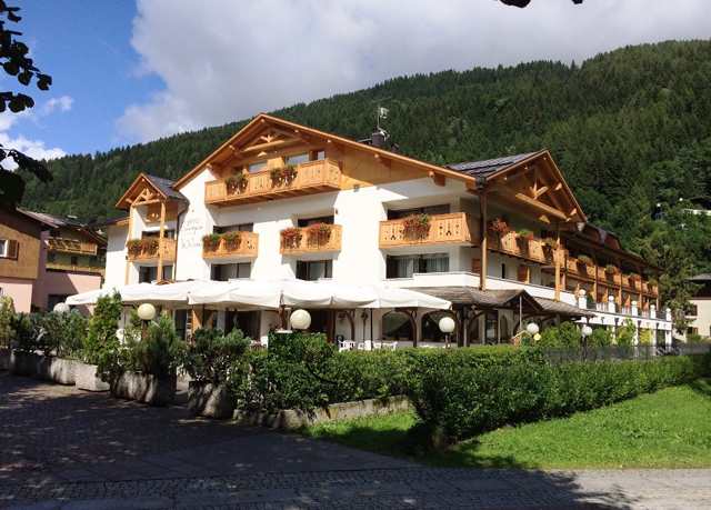 Hotel Europeo Pinzolo Dolomiten Italien