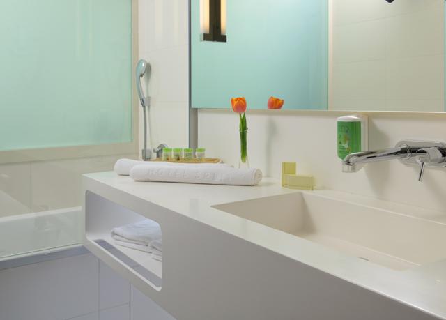 Hotel split sparen sie bis zu 70 auf luxusreisen for Design hotel 101 split