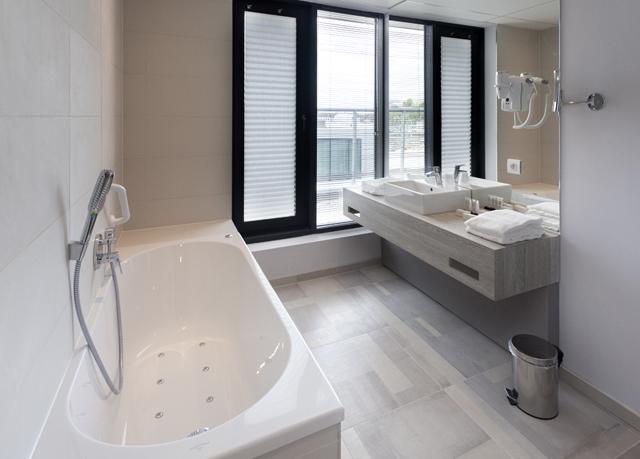 Luxe Badkamer Hotel : Alleen vandaag: hotel van der valk mons bespaar tot 70% op luxe