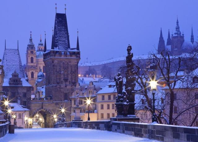 Prague christmas markets break save up to 60 on luxury for Designhotel elephant prague 1 czech republic
