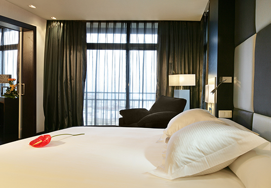 spanish f1 grand prix barcelona save up to 60 on luxury travel telegraph travel hand picked. Black Bedroom Furniture Sets. Home Design Ideas
