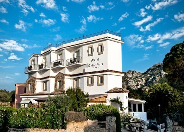 Selling hotels in Cervo