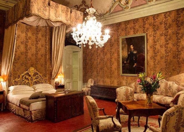 Castello di Guarene   Risparmia fino al 70% su vacanze di lusso ...