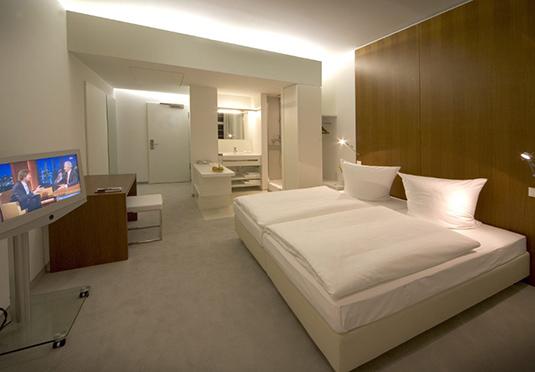 ellington hotel berlin sparen sie bis zu 70 auf luxusreisen secret escapes. Black Bedroom Furniture Sets. Home Design Ideas
