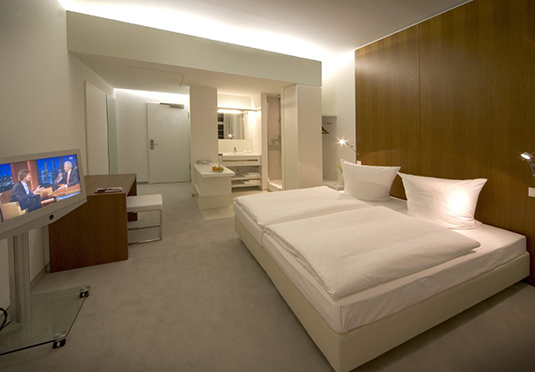 ellington hotel berlin spara upp till 70 p lyxhotell secret escapes. Black Bedroom Furniture Sets. Home Design Ideas