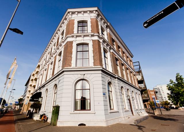 Mittendrin suitehotel pincoffs sparen sie bis zu 70 for Design hotel zollamt