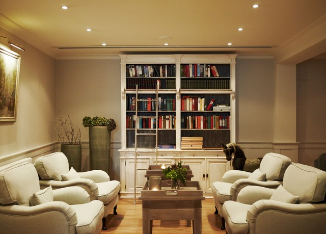 romantik hotel fuchsbau sparen sie bis zu 70 auf luxusreisen travelbook escapes. Black Bedroom Furniture Sets. Home Design Ideas