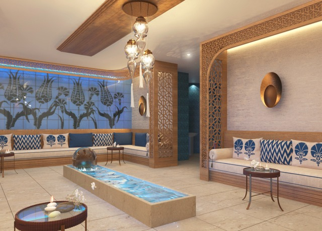 titanic chaussee berlin bespaar tot 70 op luxe reizen secret escapes. Black Bedroom Furniture Sets. Home Design Ideas