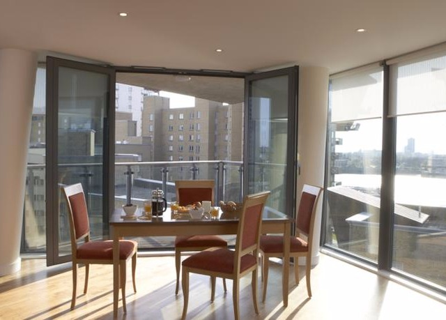 Marlin Apartments - Canary Wharf | Save up to 60% on ...