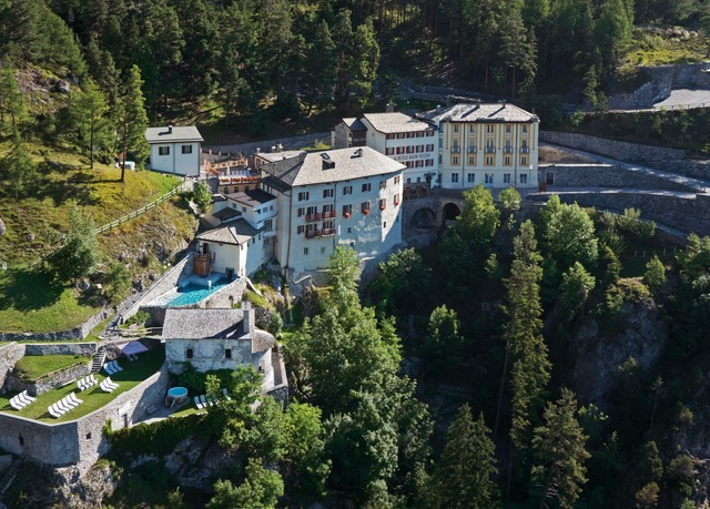 QC Terme Hotel Bagni Vecchi | Save up to 60% on luxury travel ...