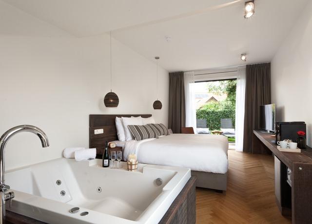 Van Heeckeren Hotel Wellness Suite