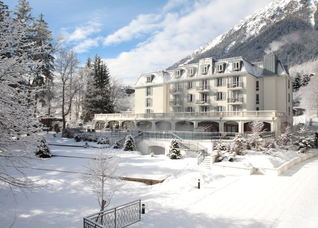 All inclusive chamonix christmas ski holiday save up to for Best all inclusive ski resorts