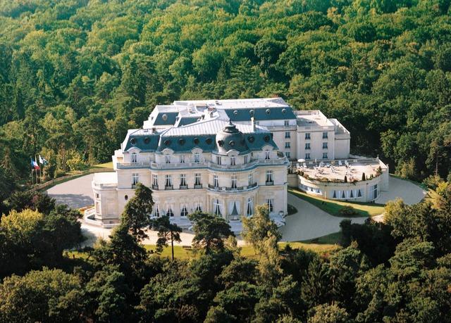 Château Hôtel Mont Royal 5*