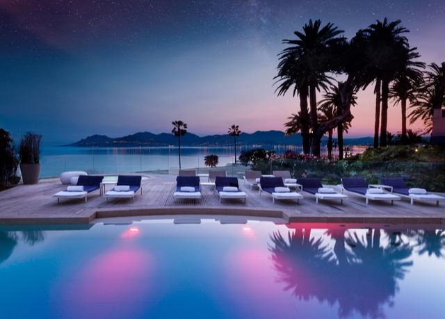 Espace bien-être de 2700 m² dans un 5* à Cannes