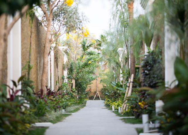 E Leaf Jimbaran Bali Luxurious Villa Retreat