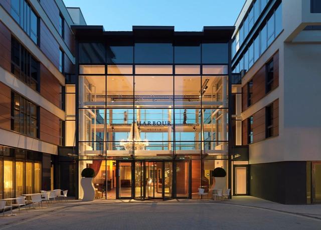 Guildford Harbour Hotel, Guildford, Surrey - save 57% 57% off