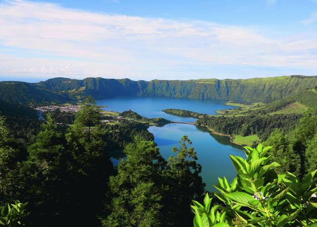 Sette notti magiche nelle isole azzorre con voli inclusi for Soggiorno portogallo