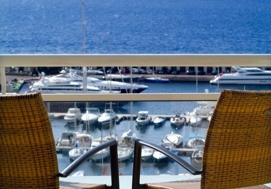 Riviera marriott hotel la porte de monaco save up to 60 for Hotels near la porte