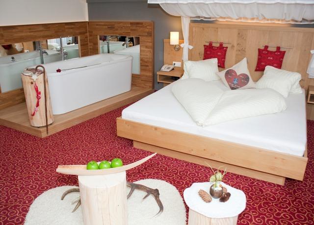 alm romantik in sterreich sparen sie bis zu 70 auf luxusreisen. Black Bedroom Furniture Sets. Home Design Ideas