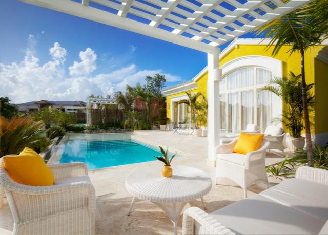 Luxus Suite Mit 1 Schlafzimmer Und Pool
