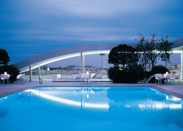 Radisson blu es hotel rome save up to 70 on luxury - Hotel piscina roma ...