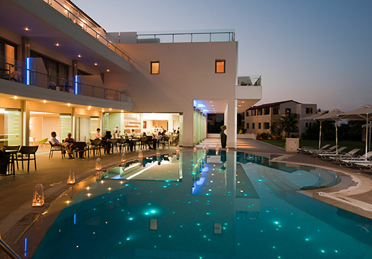 Elegant avslappning vid havet spara upp till 70 p for Designhotel kreta