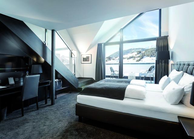 Tirol mit stil designhotel mit alpenblick und luxus spa for Tirol designhotel