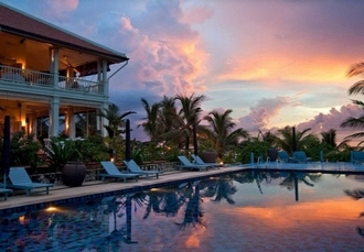 Unforgettable Vietnam & Thailand holiday with optional 5* Dubai break, Vietnam, Thailand and Dubai - save 26%