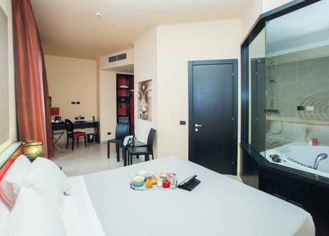Amati design hotel sparen sie bis zu 70 auf luxusreisen for Amati design hotel bologna