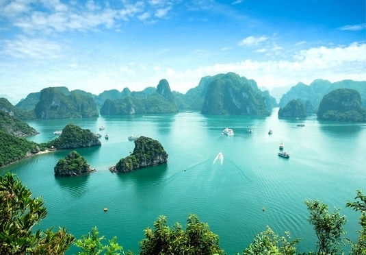 Enchanting Hong Kong & Vietnam holiday
