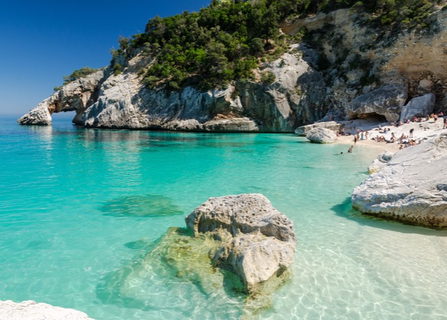 Last minute sardinia holiday save up to 60 on luxury for Last minute sardegna