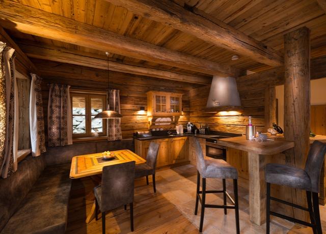 luxus chalets in den alpen sparen sie bis zu 70 auf luxusreisen secret escapes. Black Bedroom Furniture Sets. Home Design Ideas