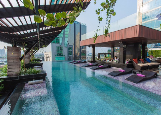 Dazzling thailand city beach holiday save up to 60 on for Escape cabins koh lanta