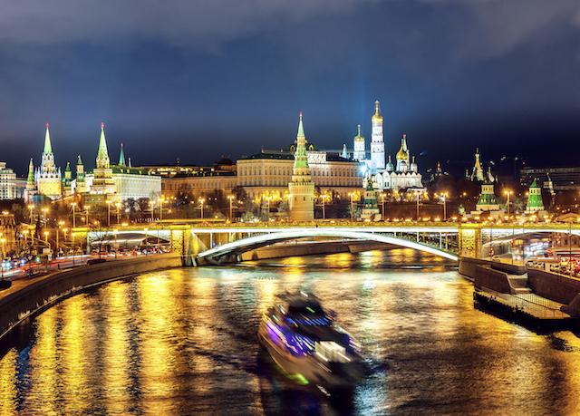 zauberhaftes russland duett st petersburg moskau sparen sie bis zu 70 auf luxusreisen. Black Bedroom Furniture Sets. Home Design Ideas