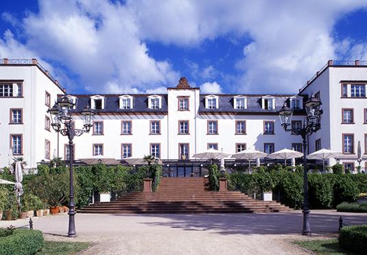 schloss reinhartshausen kempinski eltville save up to 60 on luxury travel secret escapes. Black Bedroom Furniture Sets. Home Design Ideas