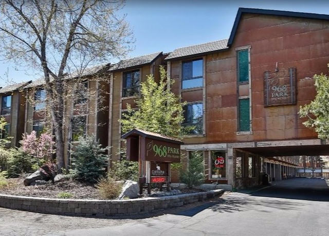Hotels in South Lake TahoeSouth Lake Tahoe hotels are often rustic and peaceful, offering a mountain escape away from modern life. You'll be able to enjoy cozy motel and inns with comfortable rooms, and modern facilities such as free WiFi.