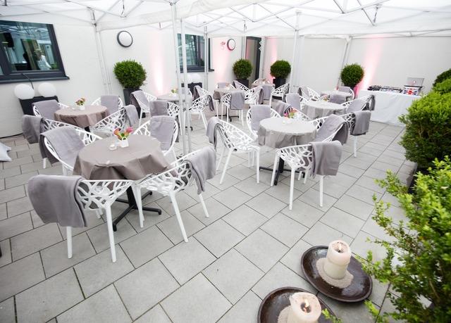Minimalistisches design mitten in m nchen sparen sie bis for Bayern design hotel