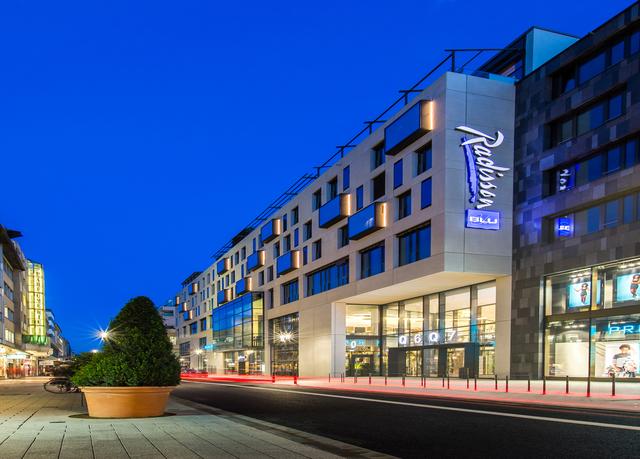Radisson blu hotel mannheim bespaar tot 70 op luxe for Hotel youngstar designhotel mannheim