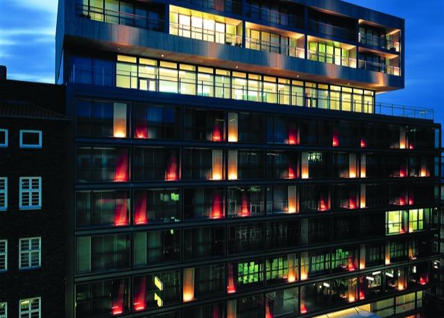 Side design hotel hamburg sparen sie bis zu 70 auf for Design hotel deutschland angebote